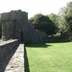 Aughnanure Castle - Turm äußerer Wall